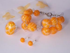Oranžna barva je med to 10 barvaim letošnjega leta.