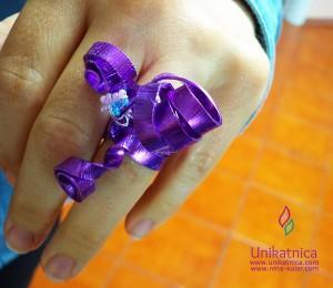 Ustvarjalne delavnice - vrhunski modni prstan v lila barvi