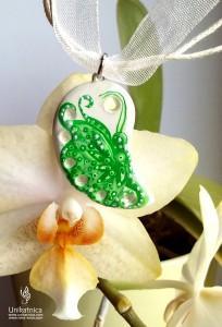 Glineni nakit - zeleni metulj