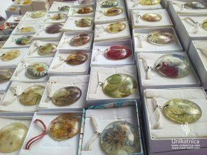 Art of Fun - ustvarjalni sejem - cvetlični nakit Nina Kolar