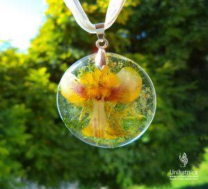 Cvetlični nakit - ogrlica z motivom angela