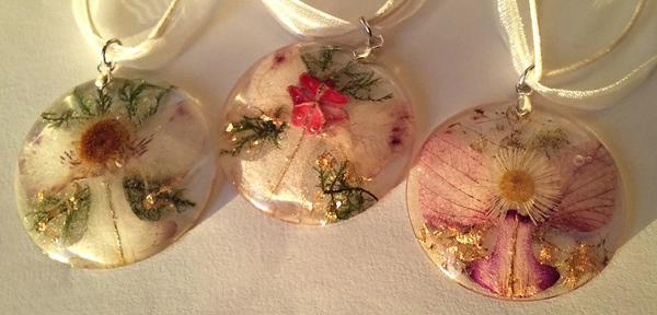 Cvetlične angelsko vilinske ogrlice