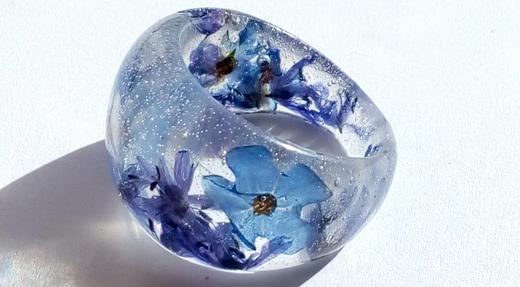 Sveže - pomladna kolekcija cvetličnega nakita je tu!