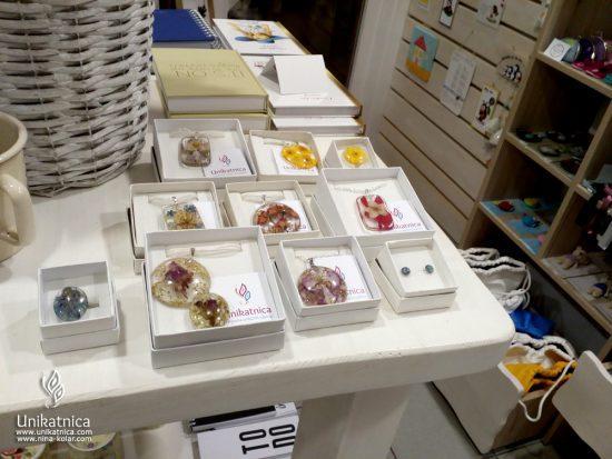 Rozinca - butična trgovina slovenskih izdelkov - cvetlični nakit