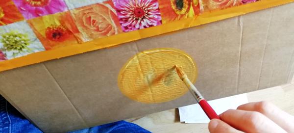 Ustvarjalne ideje - prenova starih shranjevalnih škatel